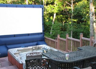 projector screen backyard